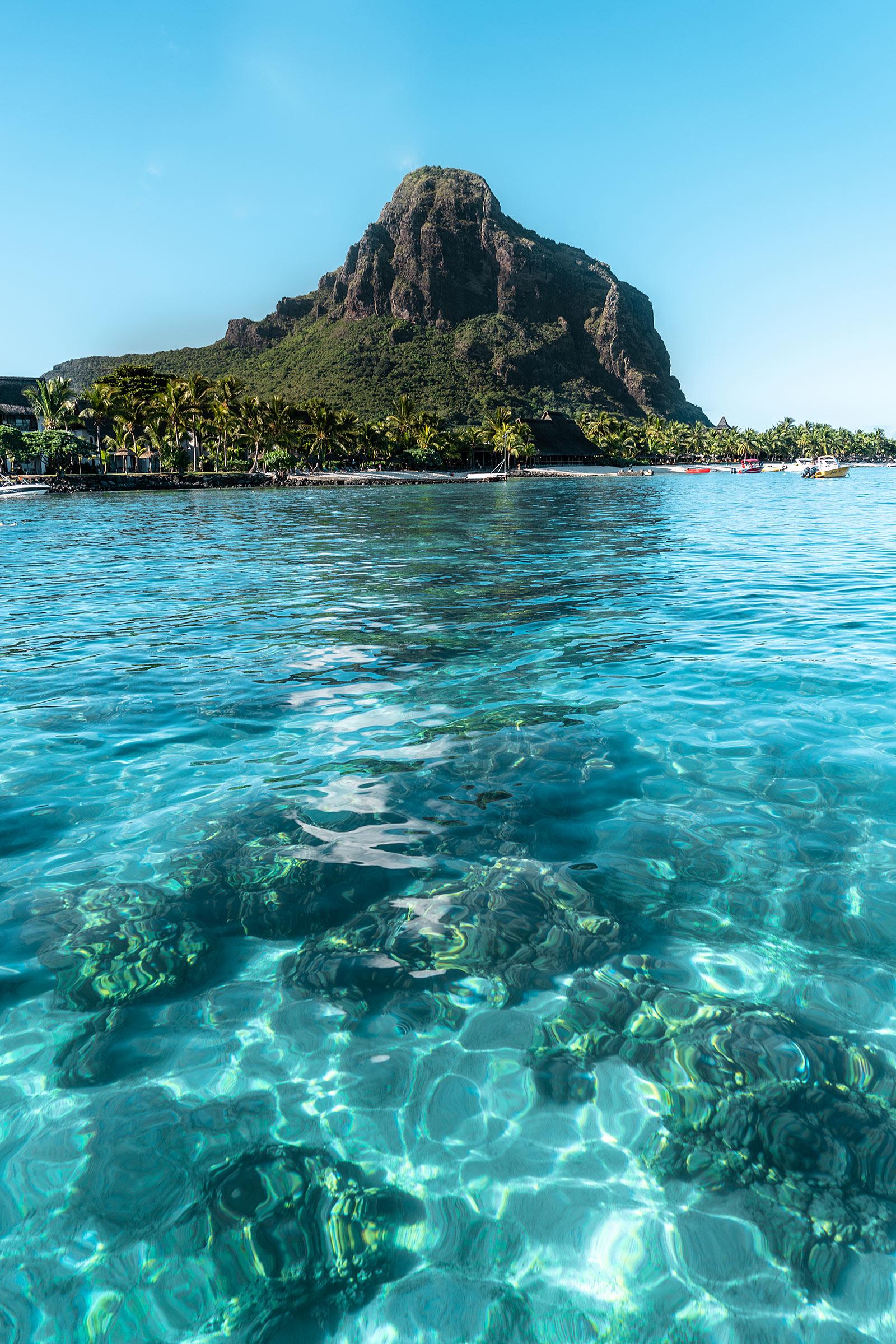 le morne mauritius wasser travel blog sunnyinga