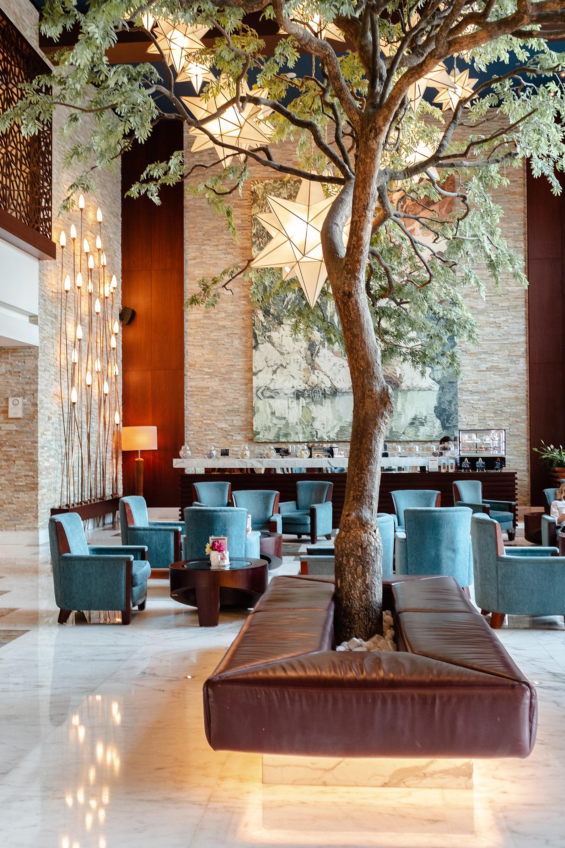 lobby sofitel dubai jumeirah beach hotel travel blog sunnyinga