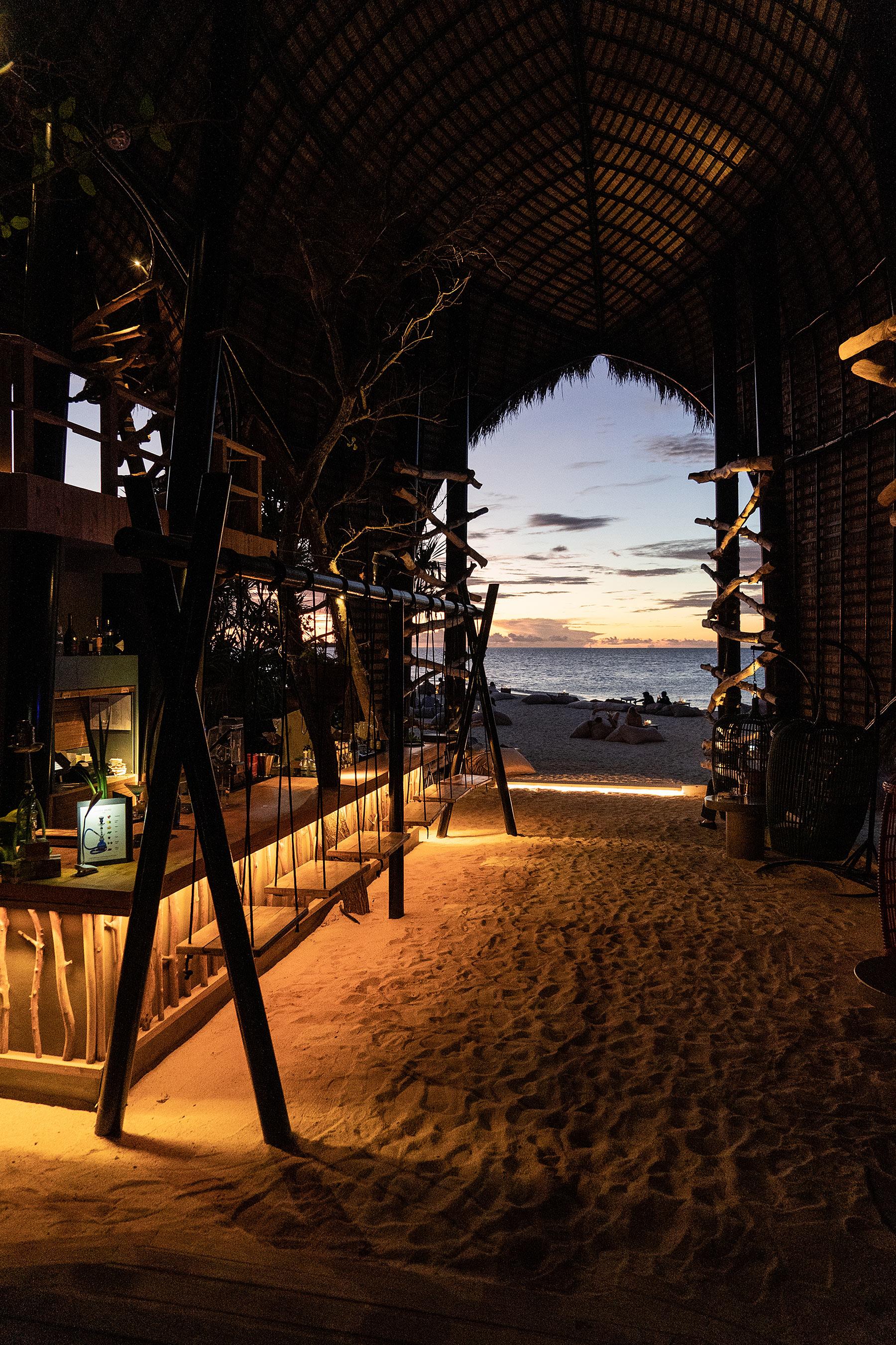 malediven sonnenuntergang dhigali haali bar travel blog sunnyinga