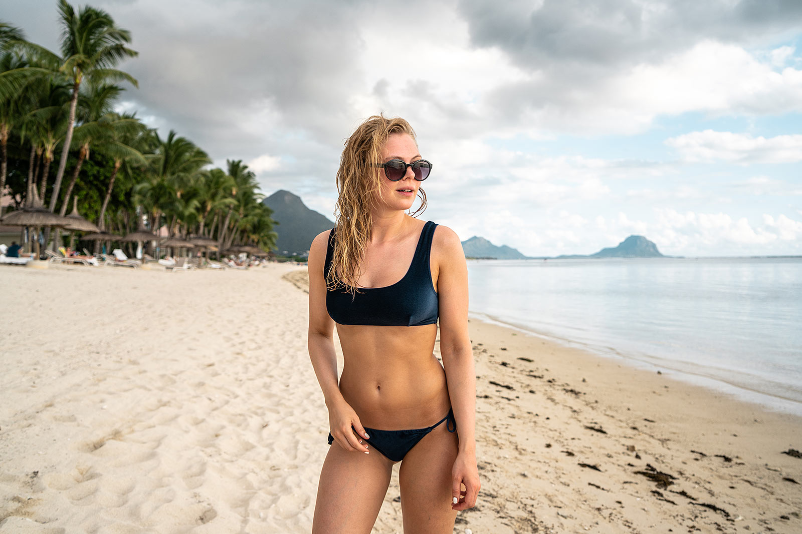 mauritius samt bikini strand beach outfit travel blogger sunnyinga