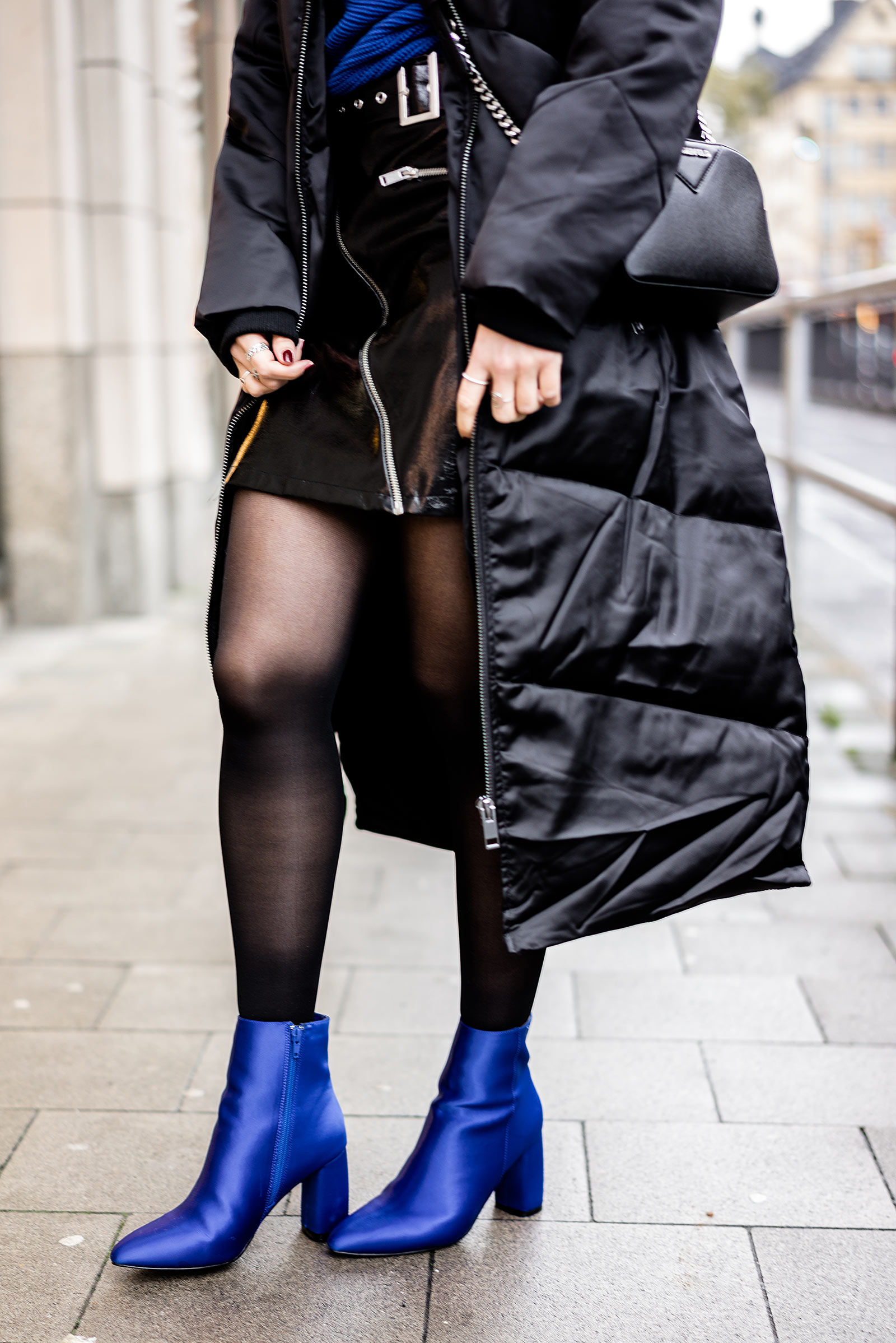 nakd Boots blau Outfit Lederrock Winter Sunnyinga Bloggerin