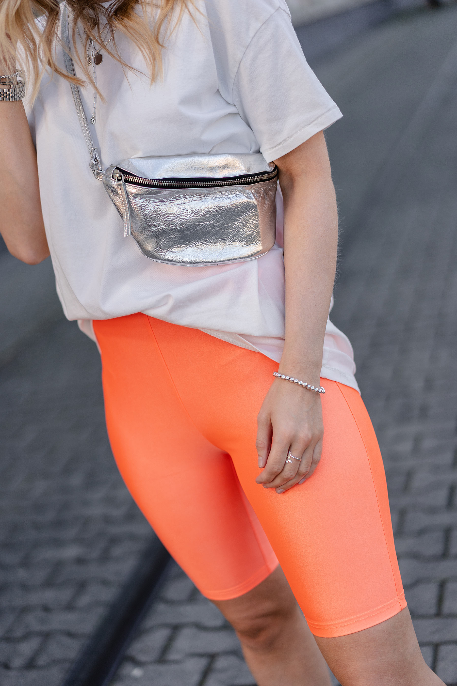 neon orange radlerhose stradivarius fashion blog sunnyinga