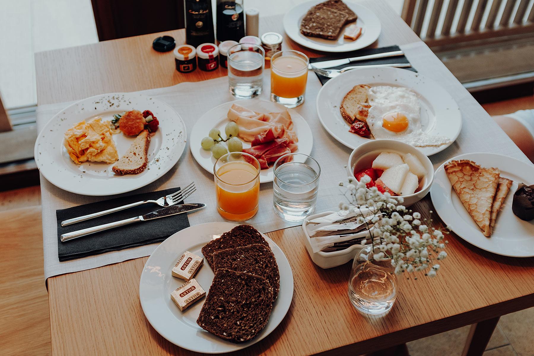 od talamanca frühstück hotel ibiza travel blog sunnyinga