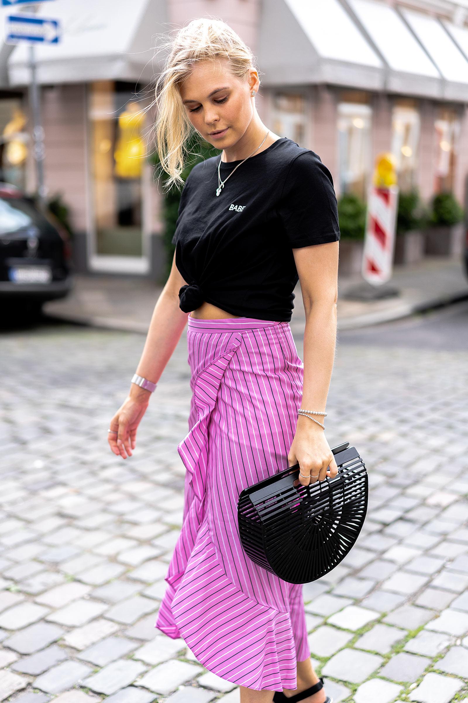 outfit basic shirt schwarz sommer modeblog sunnyinga