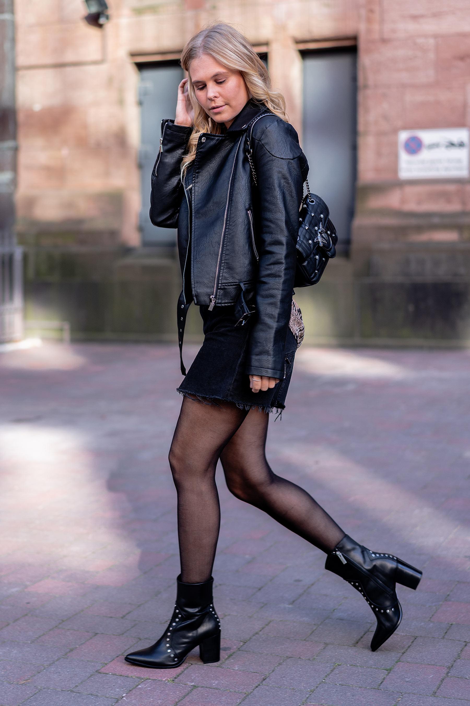 outfit cowboy stiefel manfield fashion blog sunnyinga