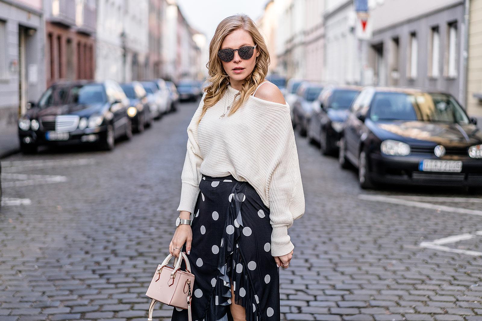 Outfit Fashion Blog Pullover NAKD Sunnyinga Düsseldorf