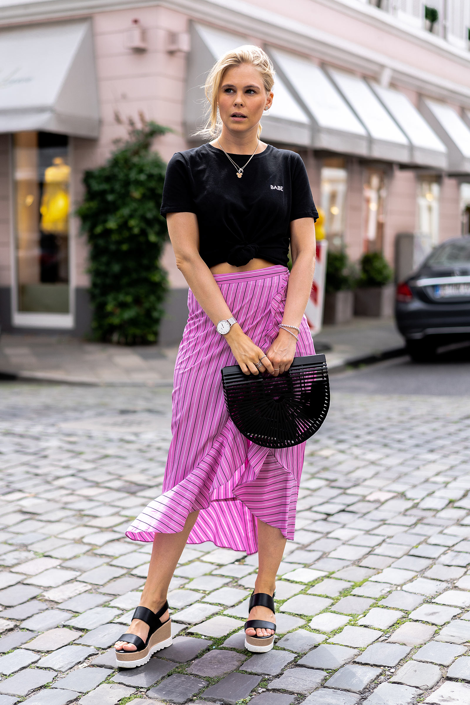 outfit sommer midirock pink streetstyle blogger sunnyinga