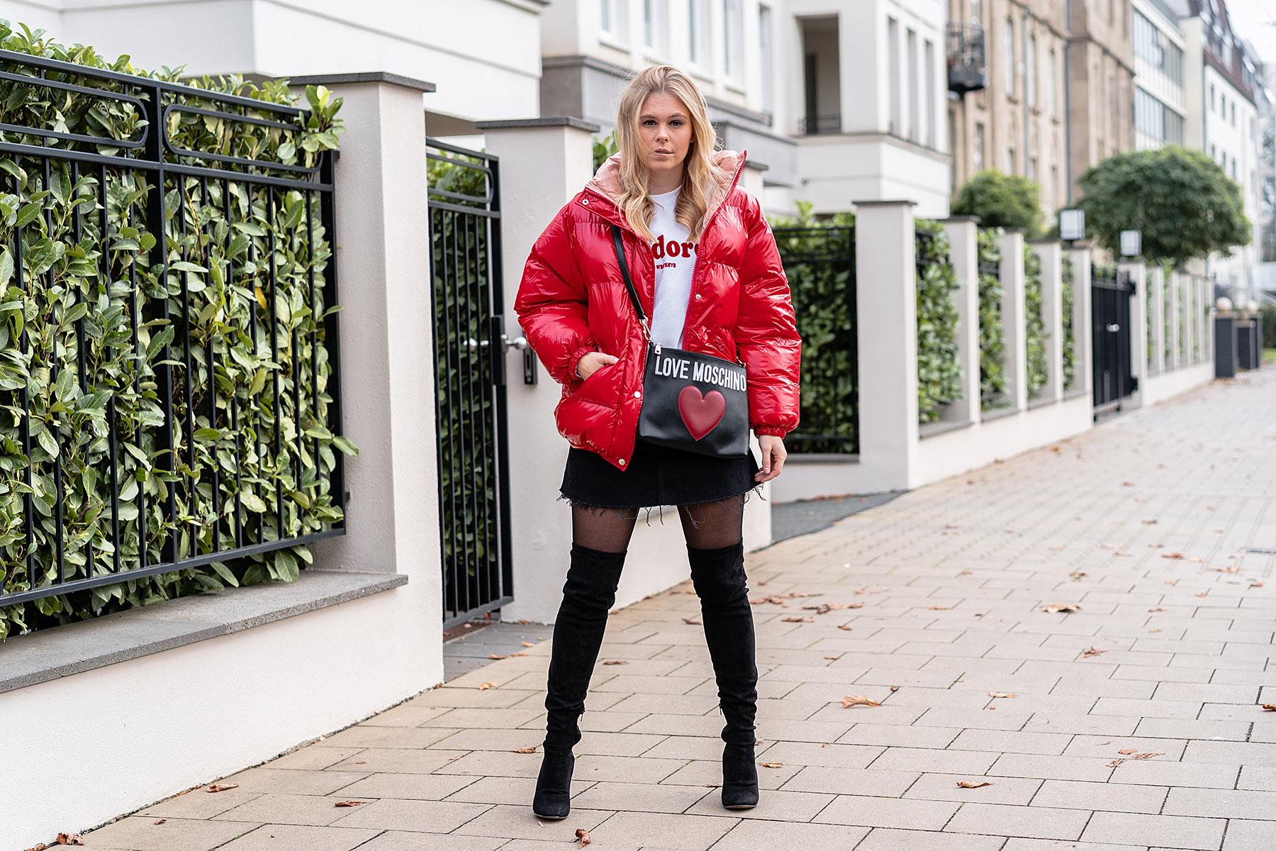 overknees rock daunenjacke winteroutfit modeblogger sunnyinga