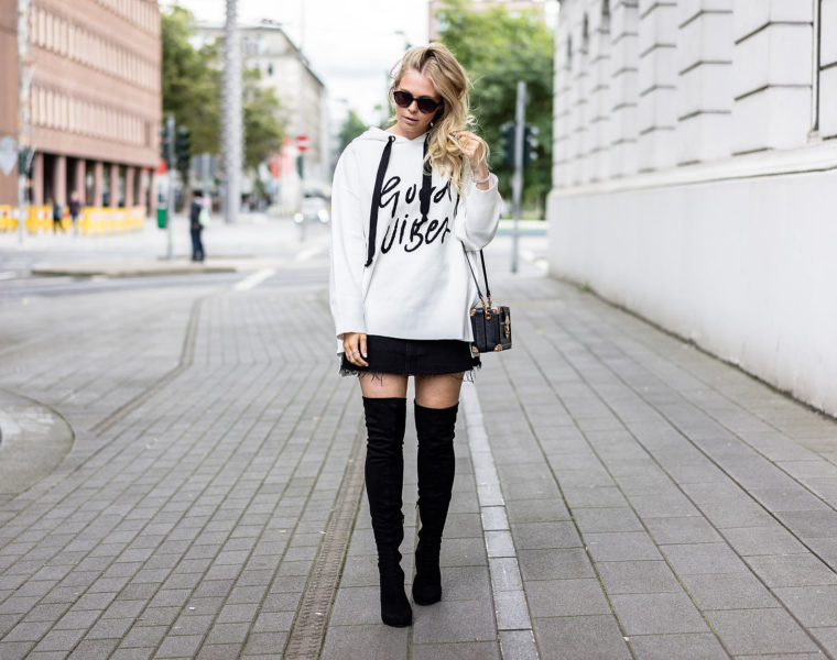 Oversized Sweater Overknees Outfit Fashion Blog Düsseldorf Sunnyinga