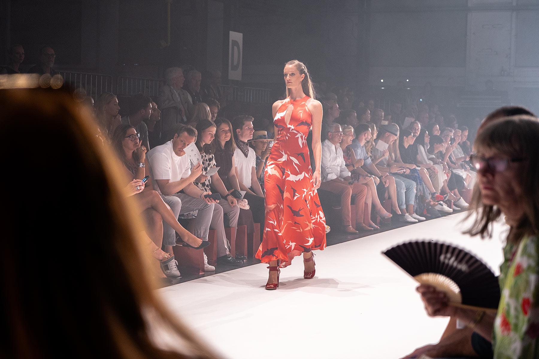 platform fashion düsseldorf modeschau sunnyinga