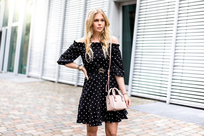 Polka Dots Kleid Fred de la Bretoniere Mini Bag Fashion Blog Düsseldorf Sunnyinga