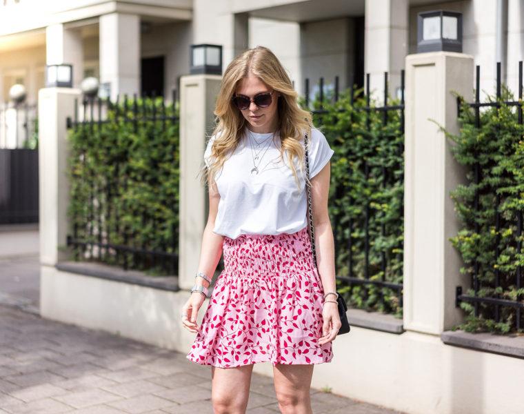 Rot und Pink Outfit Inspiration Sommer Fashion Blog Düsseldorf Sunnyinga