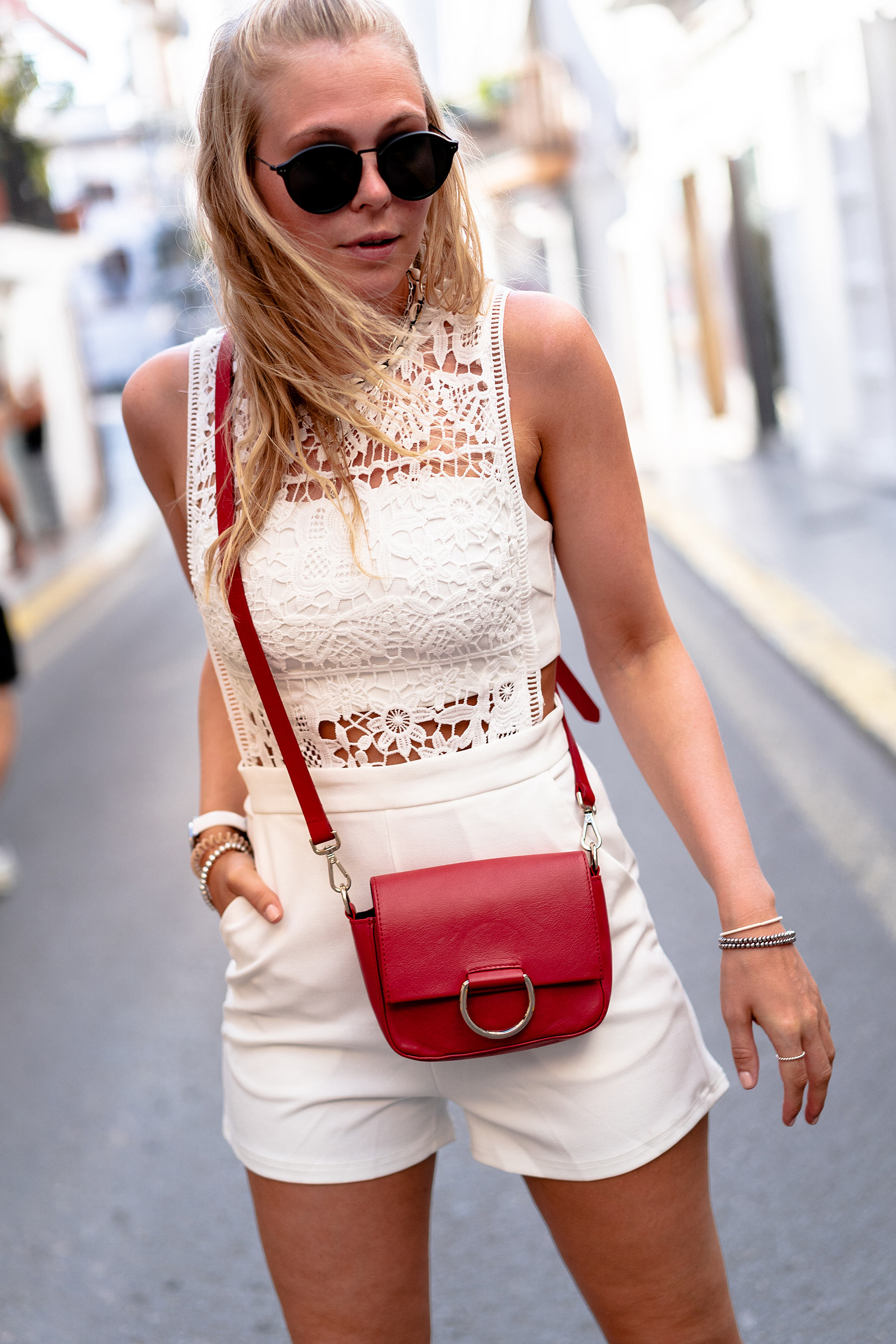 rote tasche outfit modeblog sunnyinga ibiza
