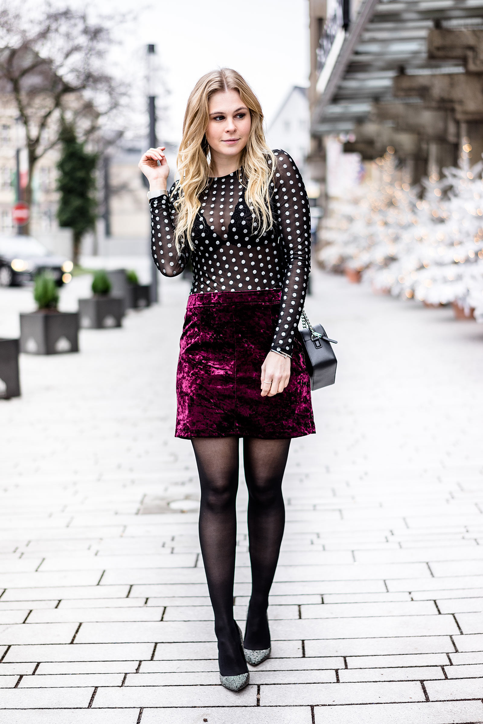 Silvester Outfit Fashion Blogger Samt Glitzer Sunnyinga