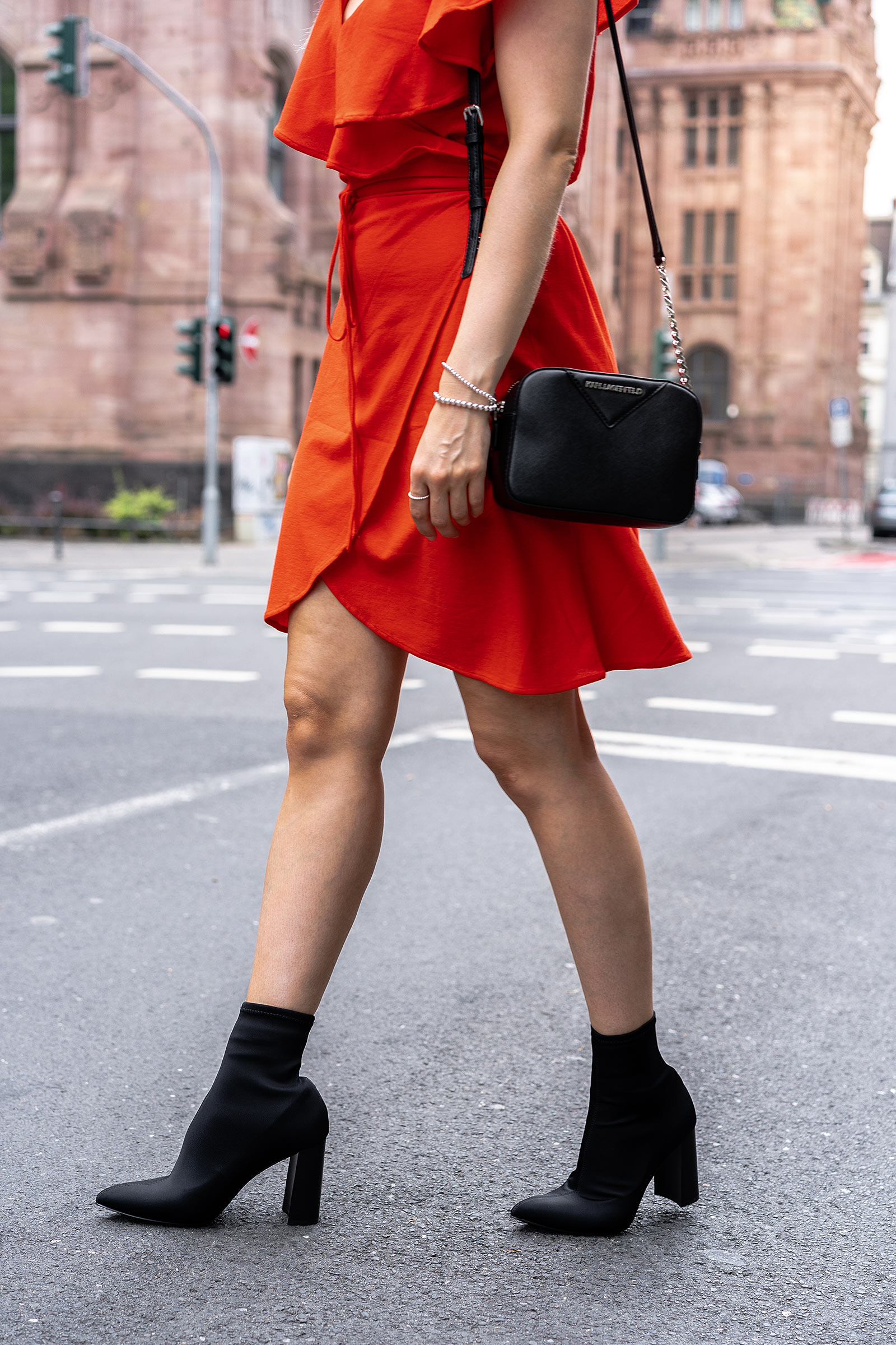 sock boots schwarz outfit fashion blog sunnyinga