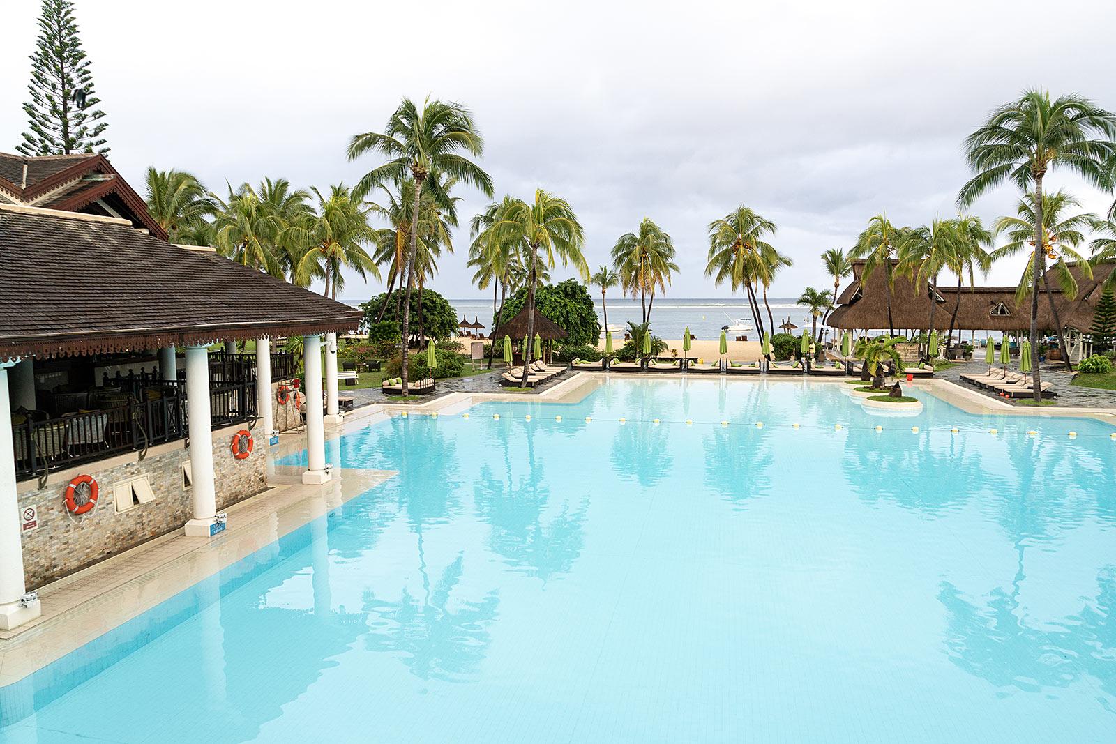 sofitel mauritius pool travel blog sunnyinga