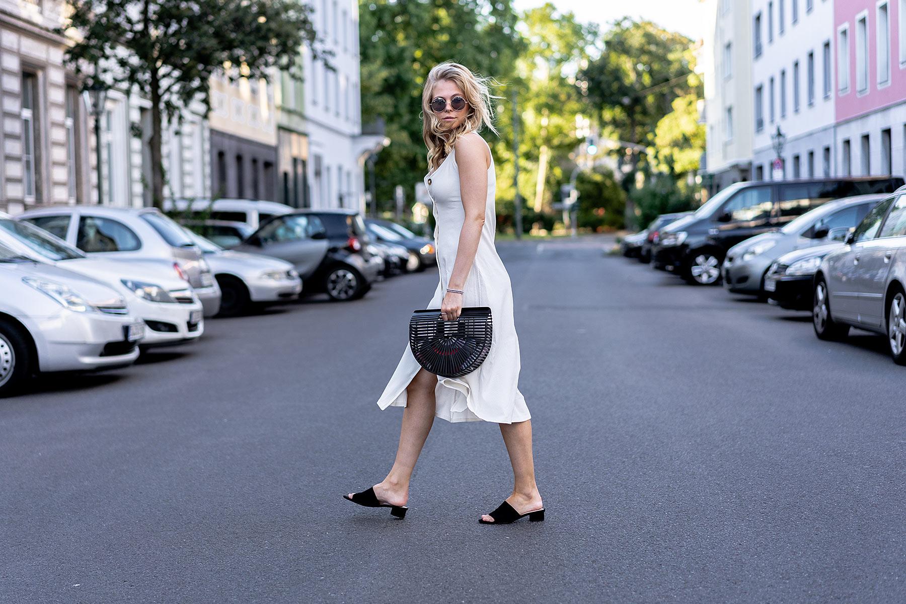 sunnyinga fashion blogger ootd sommer kleid outfit düsseldorf