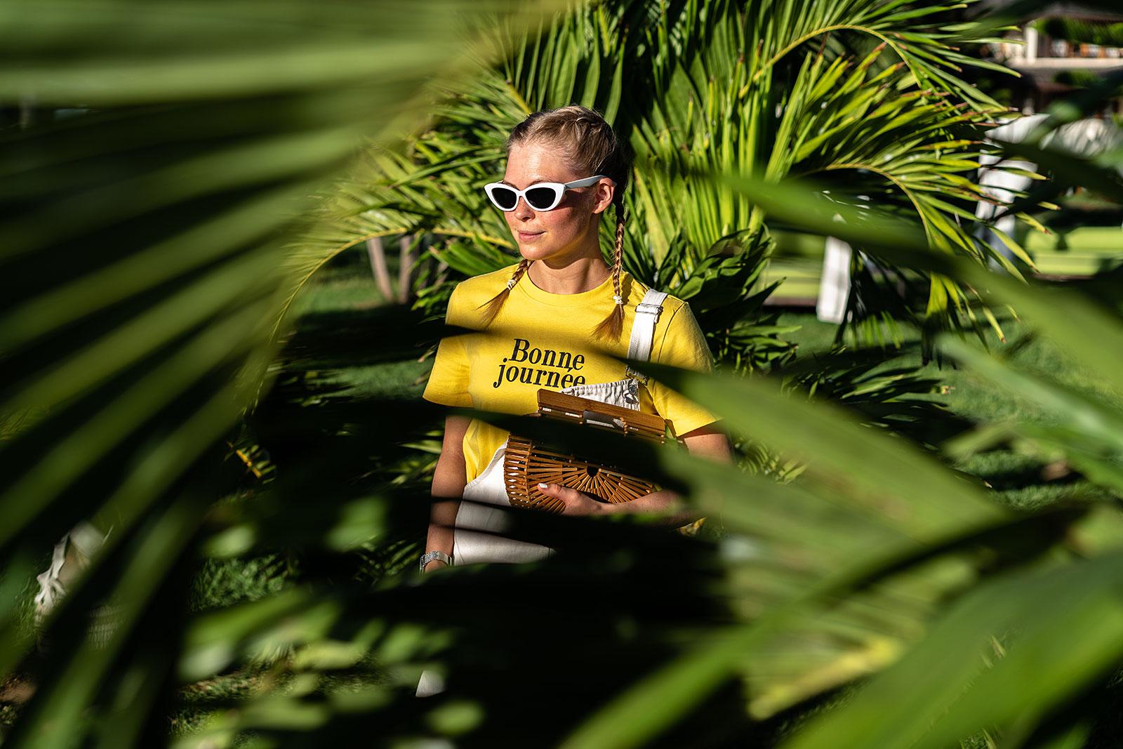 sunnyinga latzkleid mauritius palmen outfit fashion blogger