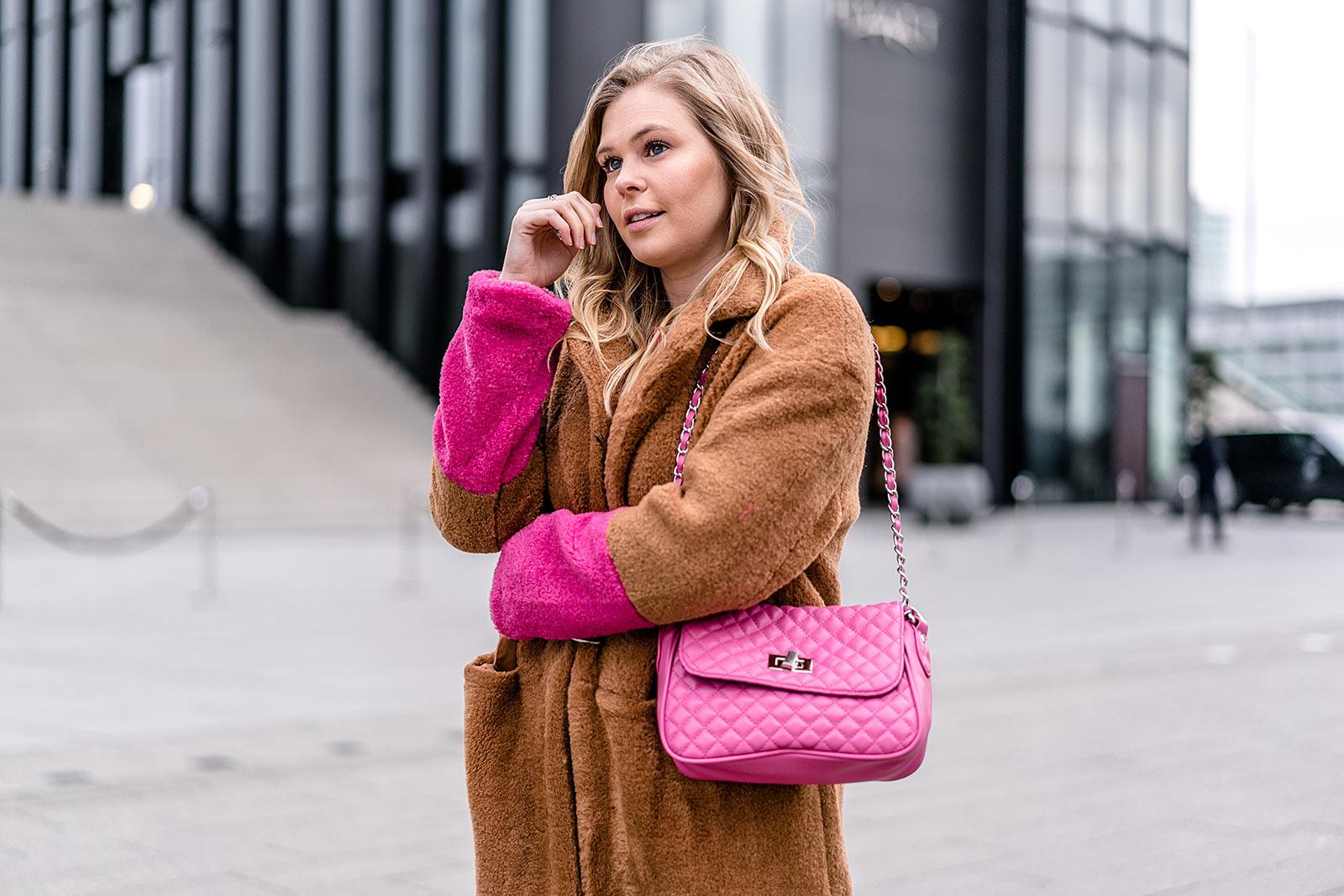Tasche pink Outfit Sunnyinga Fashion Blog ootd Streetstyle Düsseldorf