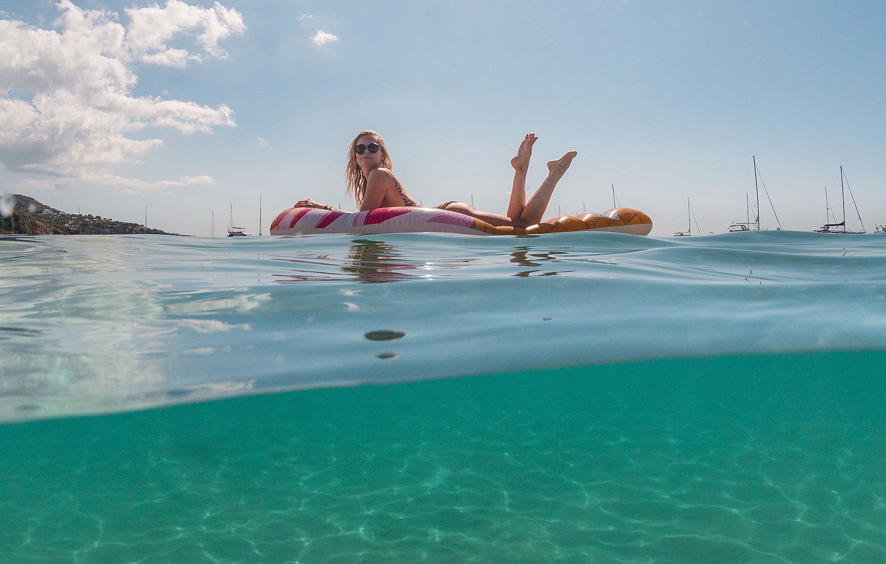 travel blogger sunnyinga floaty ibiza