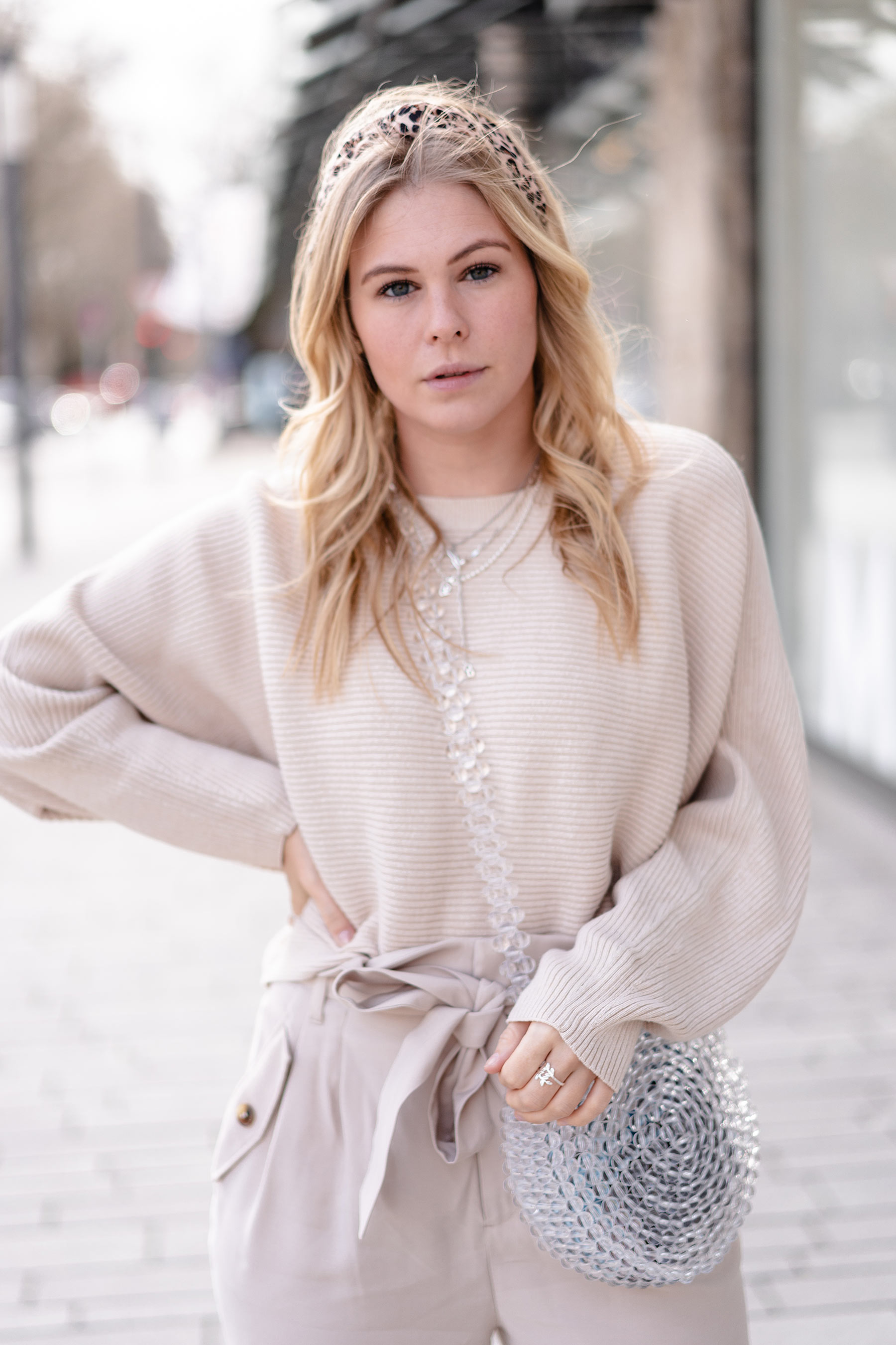 trendfarbe beige fashion blogger sunnyinga outfit
