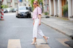 weisse denim culotte sandalen mit absatz fashion blogger inga brauer sunnyinga
