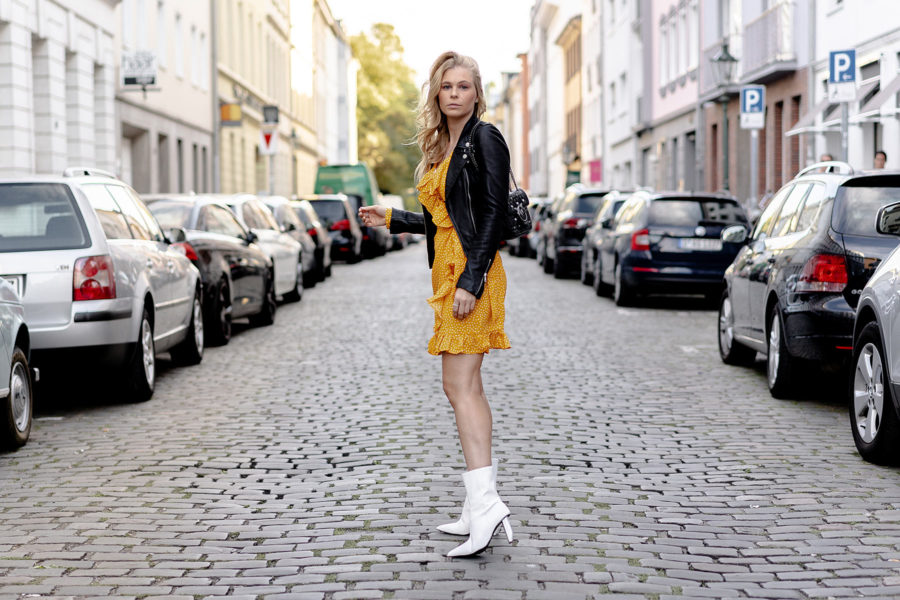 weisse stiefel outfit fashion blogger sunnyinga